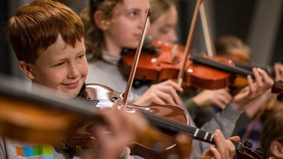 Foto af bratsch og violin