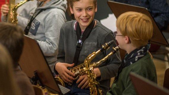 foto af altsaxofonister