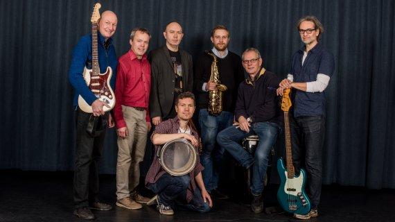 Foto af undervisere i band